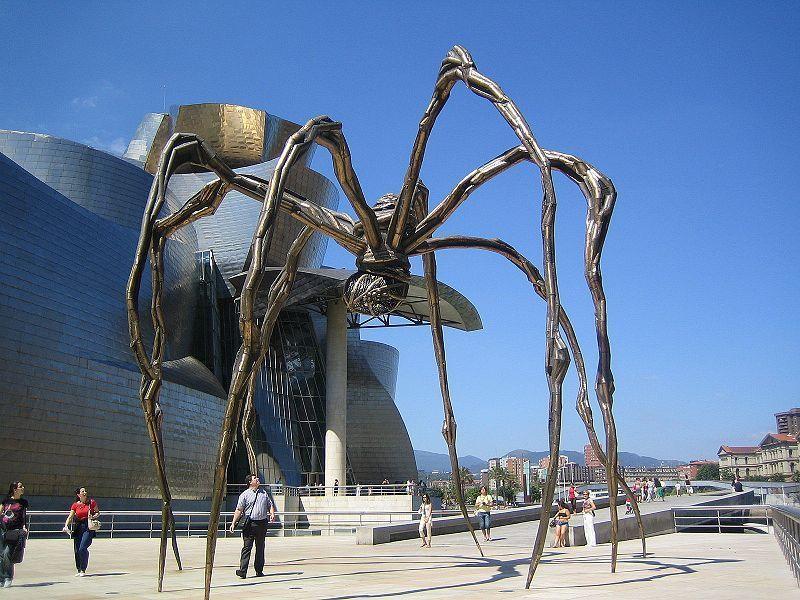 Znalezione obrazy dla zapytania Muzeum Guggenheima w Bilbao